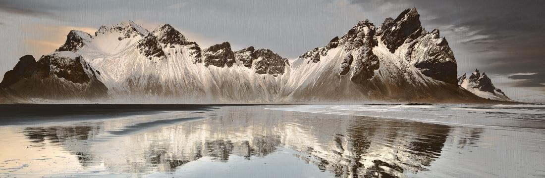 Schilderij dibond bergen 50x150