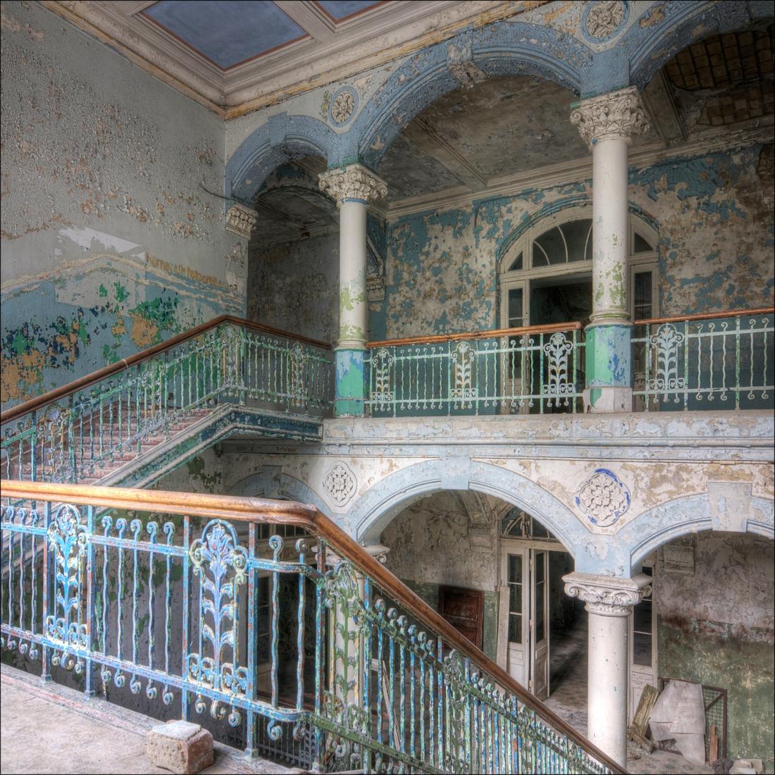 Stairway urback 100x100