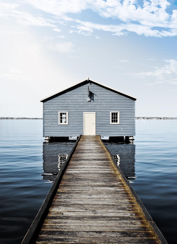 Fotokunst huis op water op glas 50x70