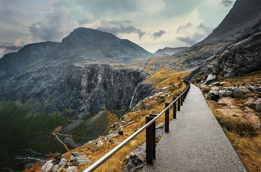Wandelpad Noorwegen op glas 80x120