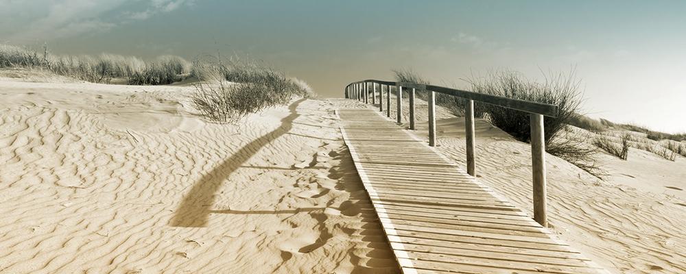 Fotokunst strandpad op glas 50x125