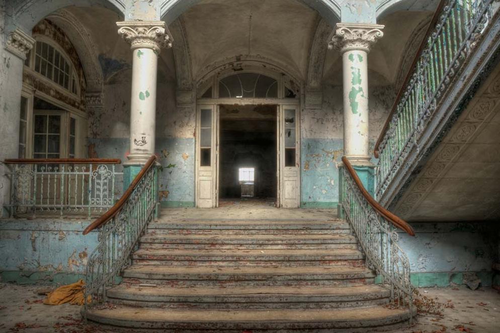 Plexiglas verlaten gebouw 80x120