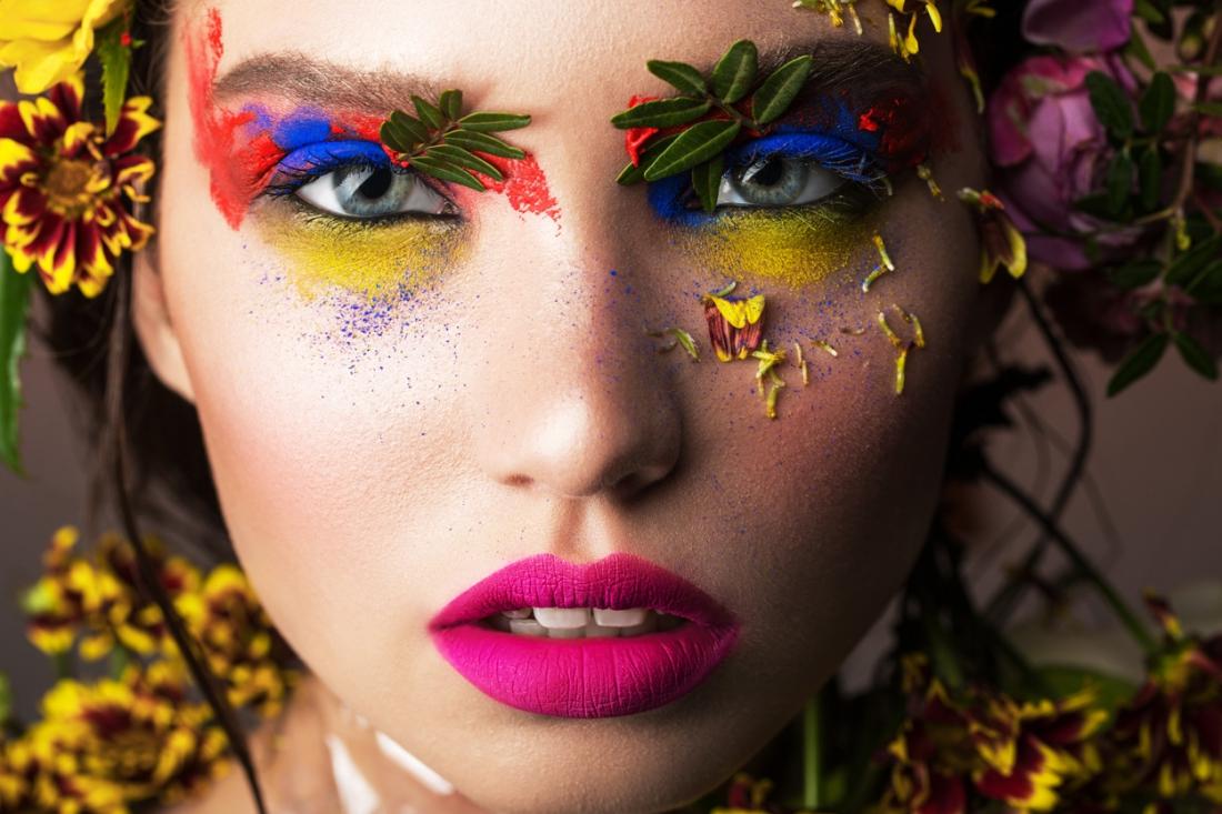 fotokunst kleurrijke dame 75x100