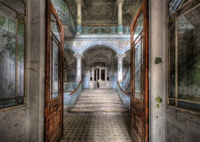 Beelitz hospital op glas 70x100