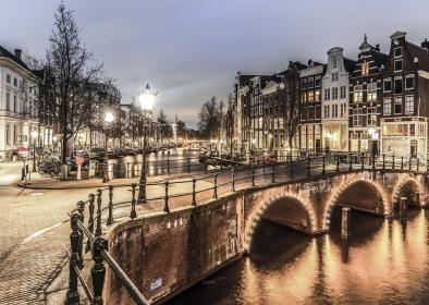 Amsterdam op glas 70x100