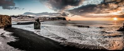 Fotokunst strand met rots 60x150