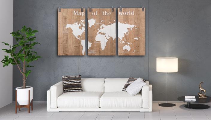 Wereldkaart op hout drieluik